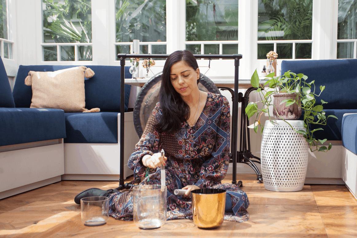 An Easy Grounding Reiki Meditation from Jasmin Harsono